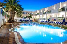 Surf & Yoga camp Swiming pool