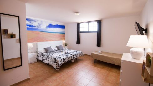 xlarge-room-good-Fuerteventura-Surf-School-Kite-surf-School-Windsurf-School-Skating-Surf-Camp-Surf-Hostel-in-Spain-Canary-Islands-Fuerteventura-Corralejo